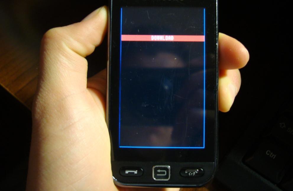 virus whatsapp che blocca il telefonino