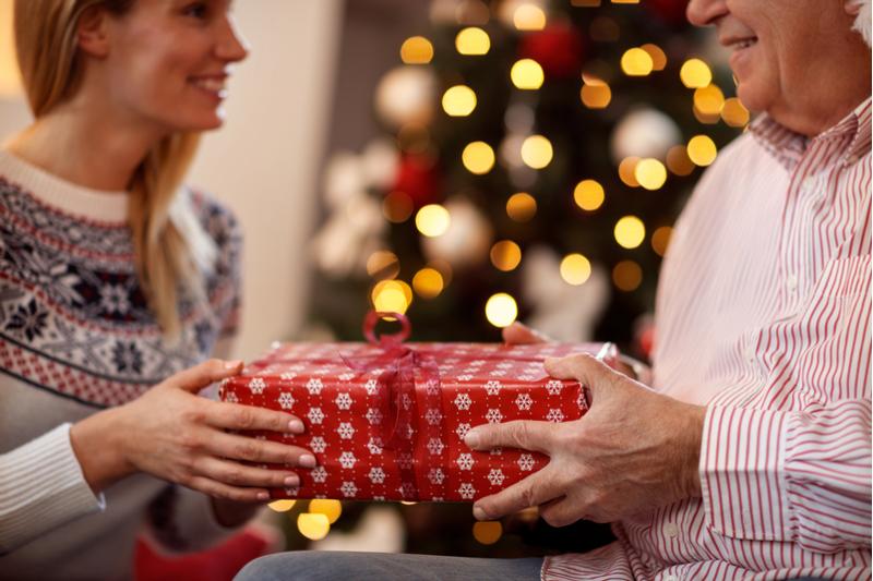 Regali Di Natale Per Il Papa.5 Regali Di Natale Originali Per Mamma E Papa