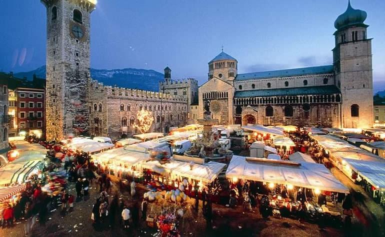 Mercatini di Natale più belli d'Italia: dove e quando sono