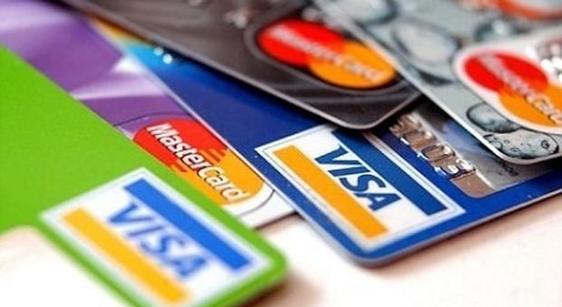 Vantaggi e svantaggi delle Carte di credito